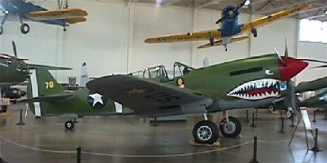 "P-40 ""Warhawk"""