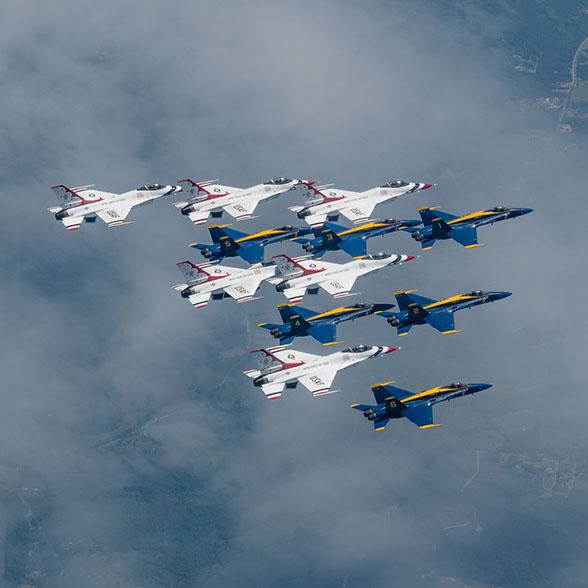 USAF Thunderbirds & US Navy Blue Angles
